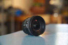 Nikon AF Nikkor 2.8 / 20mm