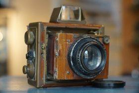 Ernemann Tropen Klapp camera with Ernostar 2,7 / 11cm lens