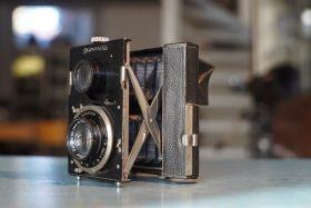 Bentzin Primarette Twin lens camera
