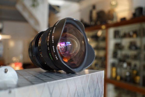 Olympus OM Zuiko 3.5 / 24mm Shift