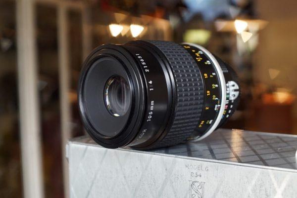 Nikon Micro-Nikkor 1:4 / 105mm AI lens