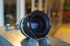 Nikon Nikkor 35mm 1:2 AI