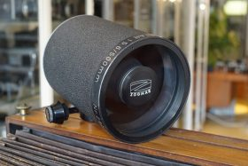Zoomar Sport-Reflectar 5.6 / 500mm lens with no mount.