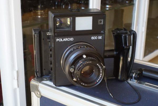 Polaroid 600SE + 6×9 120 film back