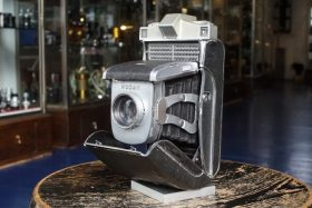 Super Kodak Six-20