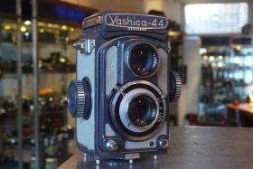 Yashica -44 TLR camera