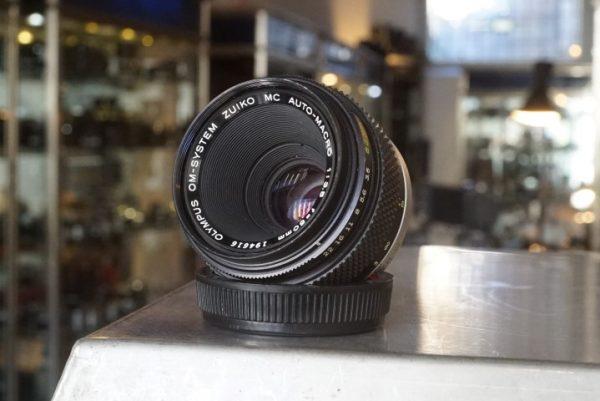 Olympus OM Zuiko 3.5 / 50mm Macro