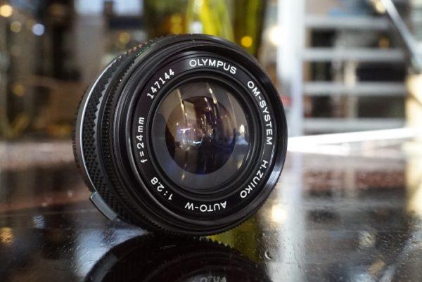 Olympus OM Zuiko 2.8 / 24mm