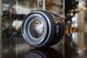 Nikon AF Nikkor 24mm f/2.8 D lens