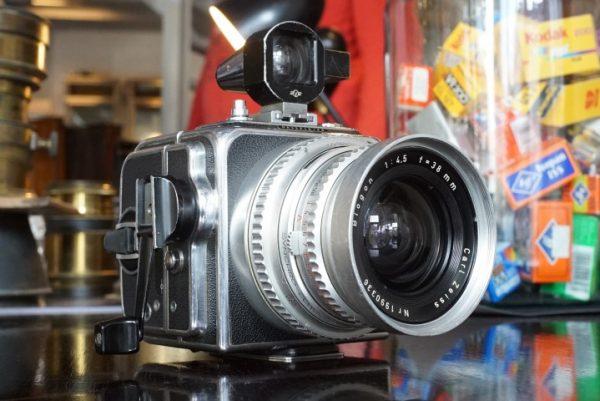 Hasselblad SWC w/ Biogon 38mm f/4.5 Chrome