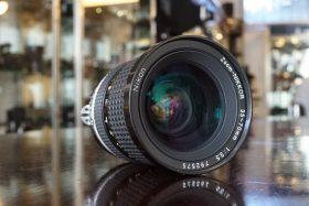 Nikon Zoom-Nikkor 35-70mm f/3.5 AI