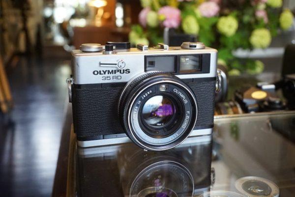 Olympus 35RD w/ F.Zuiko 40mm f/1.7