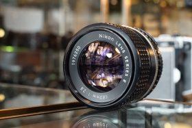 Nikon E 100mm f/2.8 AIS