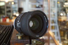 Nikon AF-Nikkor 1.4 / 28mm D, Boxed