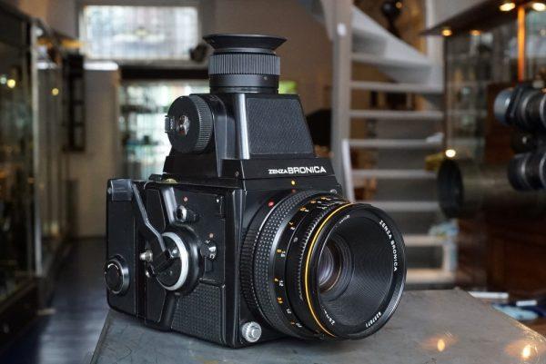 Bronica SQ-A + 2.8 / 80mm