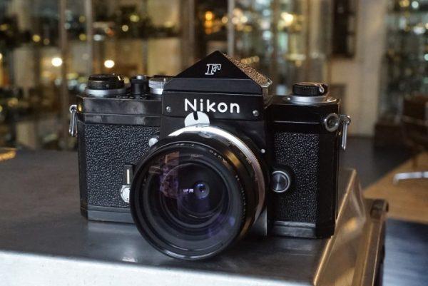 Nikon F plain prism + 3.5 / 28mm Nikkor