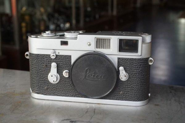 Leica M2 body, No 1138695