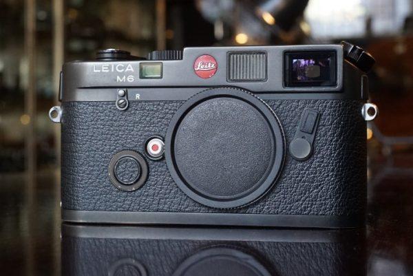 Leica M6 Black body, No 1711308