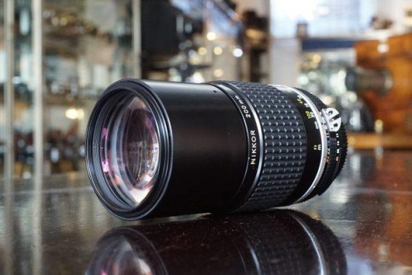 Nikon Nikkor 200mm f/4 AIS lens