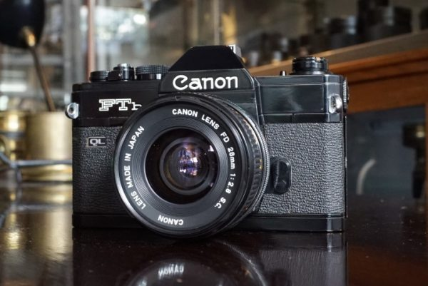 Canon FTb Black + FD 28mm f/2.8 SC