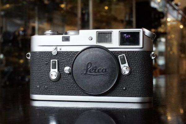 Leica M4 body, No 1211825