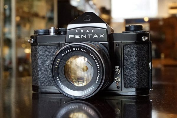 Asahi Pentax S3 Black + Super-Takumar 1:2 / 55mm lens