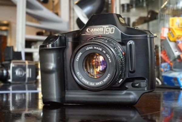 Canon T90 + FD 50mm f/1.8