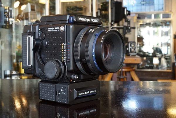Mamiya RZ67 proII + Mamiya 2.8 / 110mm lens – Rental