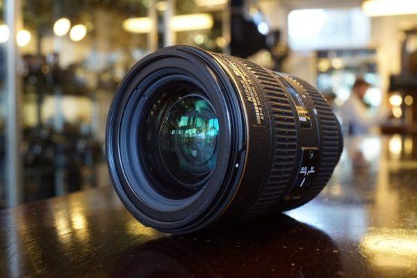 Nikon AF-S Nikkor 28-70mm f/2.8D ED