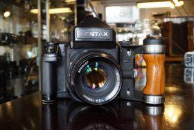 Pentax 67 II + Meter prism + 105mm f/2.4
