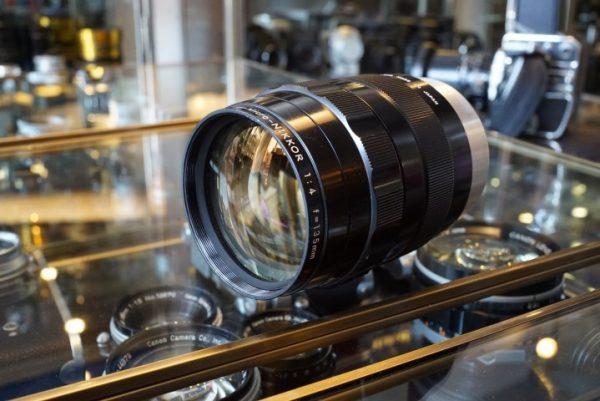 Nikon Ultra-Micro-Nikkor 4 / 135mm