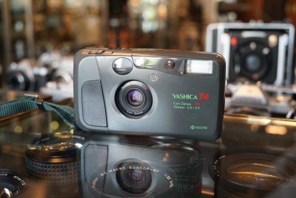 Yashica T4 Safari w/ CZ Tessar 35mm f/3.5