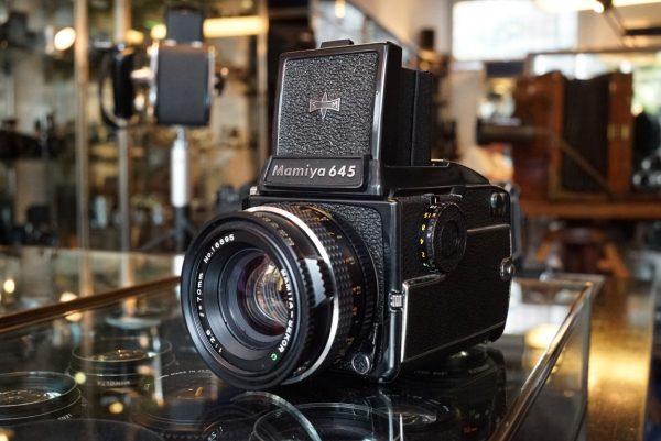 Mamiya 645 1000S + WLF + Sekor 70mm f/2.8 LS