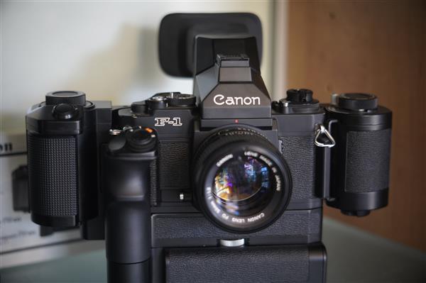 Canon F1 new + AE motor drive FN+ FN-100 bulk film back +speed f
