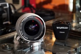 Voigtlander SW Heliar 15mm f/4.5 + LTM-M adapter + Finder