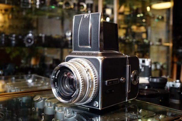 Hasselblad 500C + C12 + Planar 80mm f/2.8 C