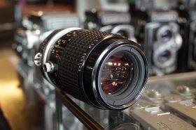 Nikon Micro-Nikkor 105mm f/2.8 AIS