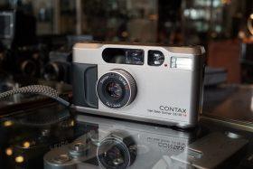 Contax T2 w/ Sonnar 38mm f/2.8