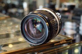 Nikon Nikkor 1:2 / 24mm AI