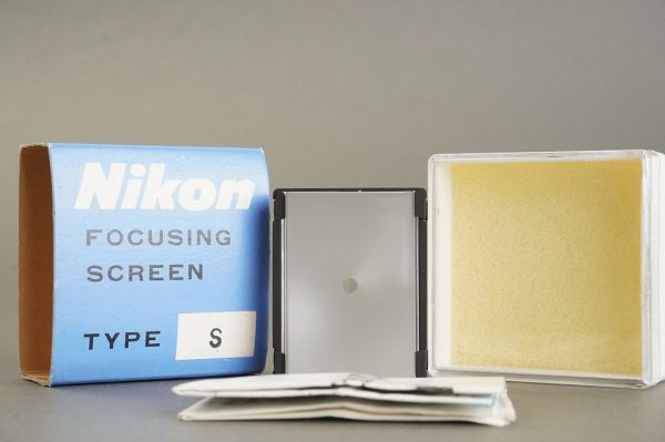 Nikon F / F2 focusing screen Type S, in case, boxed