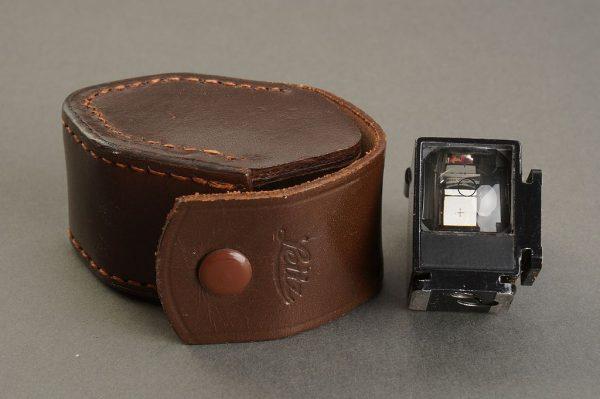 Leica Leitz AUFSU angle viewfinder, cased
