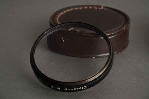 Nikon F close up lens No.0 + No.2, In leather case
