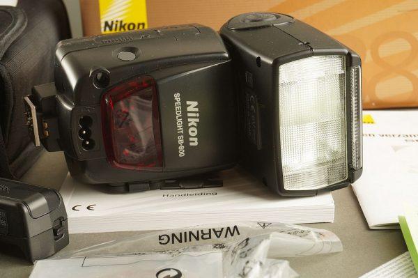 Nikon Speedlight SB-800, Boxed