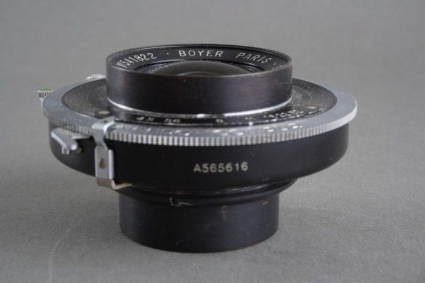 Boyer Saphir Color 1:4.5 / 135mm lens in Synchro compur shutter