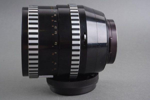 Carl Zeiss Jena DDR Sonnar 1:2.8 / 180mm lens Pentacon Six mount
