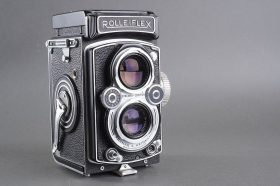 Rolleiflex MX EVS (presumably) TLR camera. Shutter fires but probably CLA is needed (marks to glass)