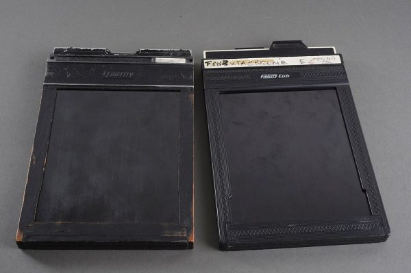 lot of 2x 4×5 sheet film holders, Fidelity
