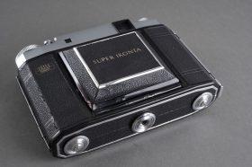 Zeiss Super-Ikonta 531/16 RF camera with Novar lens
