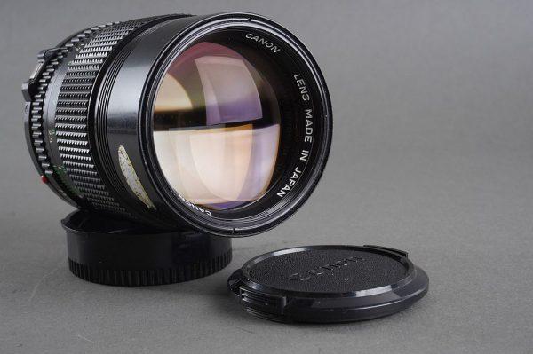 Canon lens FDn 1:2.8 / 135mm
