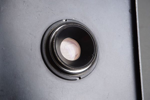Graflex Optar W.A 6.8 / 90mm lens on Graflex lens baord
